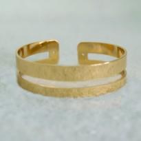 Βραχιόλι χρυσό με χώρισμα στη μέση